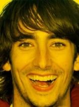 Juan sonriente